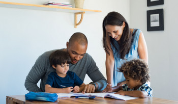 Como ajudar seu filho a ir bem na escola pública