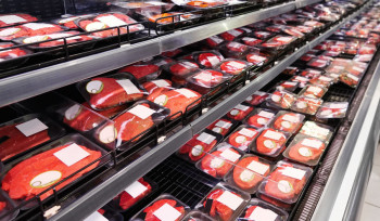 """Como o coronavírus """"contaminou"""" a produção de carne nos Estados Unidos"""