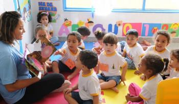 Como o acesso a creches interfere no futuro da criança?