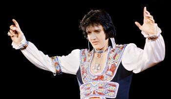 Elvis não morreu e avisa:
