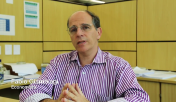 Entrevista com Fabio Giambiagi: aposentadorias integrais