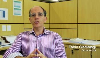 Entrevista com Fabio Giambiagi: Previdência dos políticos
