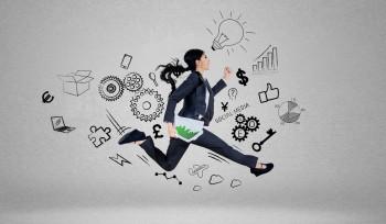 Qual o papel da mulher na economia? Muito além do supermercado