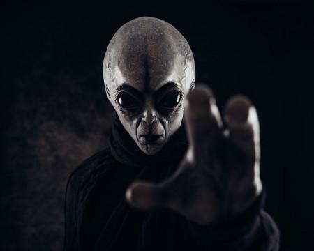 Alienígenas, escolas e covid-19