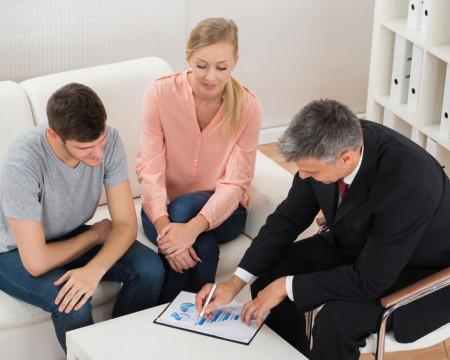 Por que os assessores de investimento indicam o que indicam?